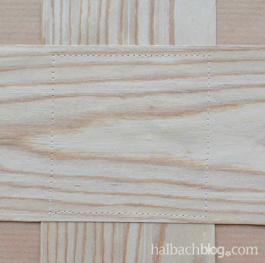 DIY-Tutorial halbachblog: Blumenampel aus Holzfurnier-Stoff nähen - beide Teile zusammennähen