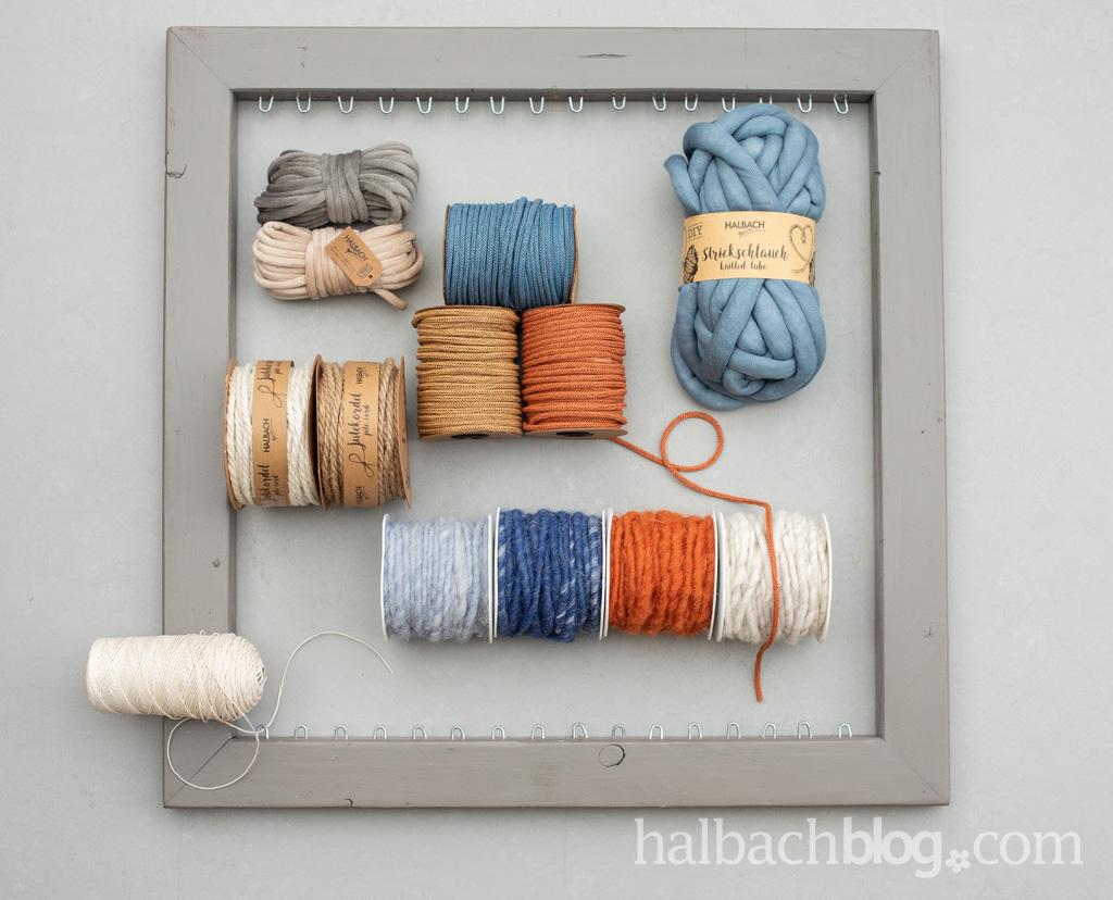 Halbachblog I DIY Anleitung: Wandbehang weben mit Schnüren I Papier-Strickschlauch, Jute, Kordel, Wolle, Samtschnur, Strickschlauch I Material