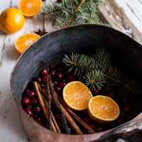 Homemade Holidays: Let's Make the House Smell Like Christmas.
