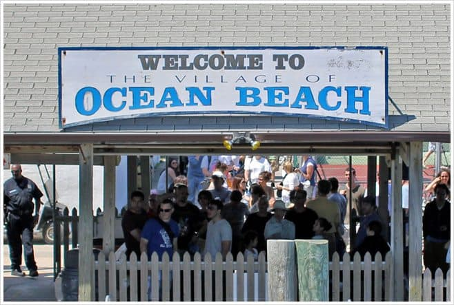 Ocean Beach Welcome Sign