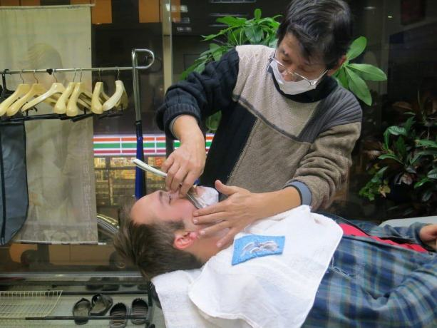 Shave in Japan