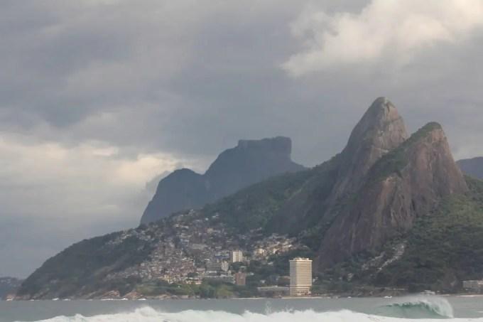 Billabong Pro Rio - Mens Dois Irmaos Pedra