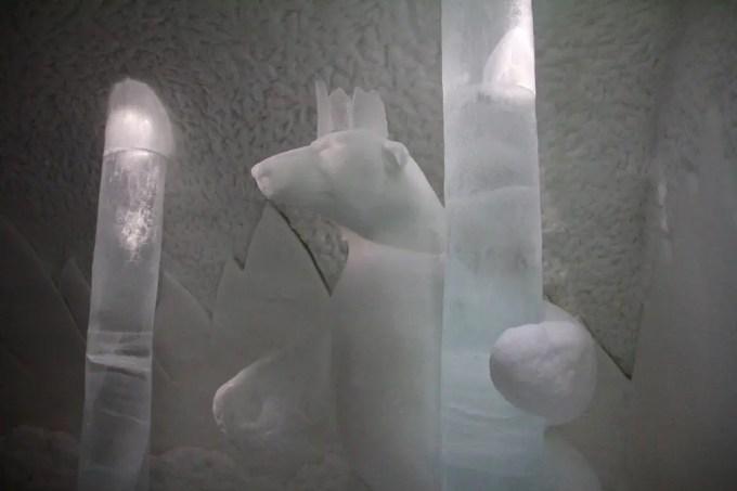 Kiruna Ice Hotel Art Room 2-1