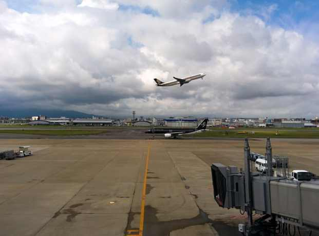 Fukuoka Airport Takeoff