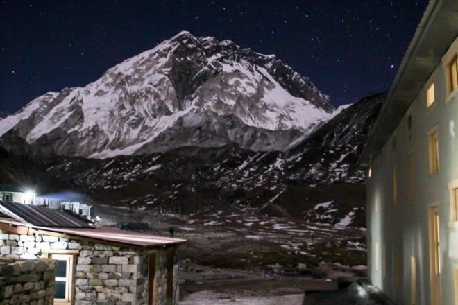 EBC Trek Lobuche Night Mountain