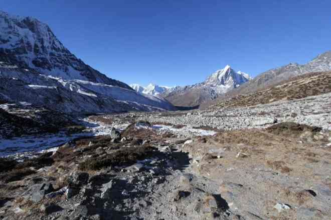 Everest Base Camp Trek Chukhung Morning