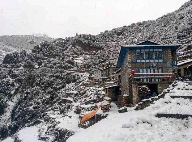 Nepal-Himalaya-Trail-Snow