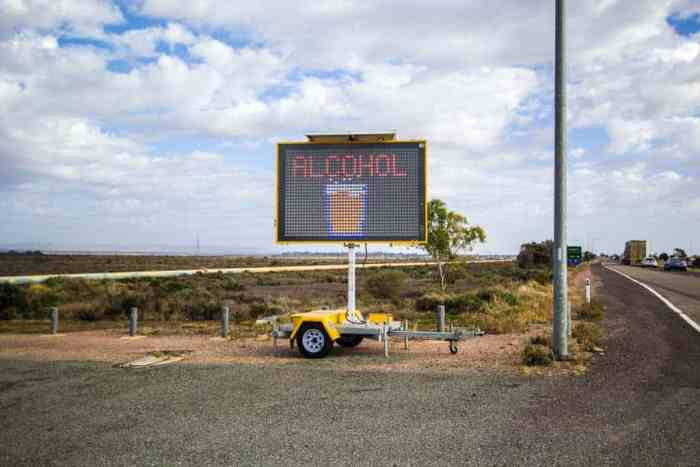 Australia-Port-Augusta-Alcohol-Sign