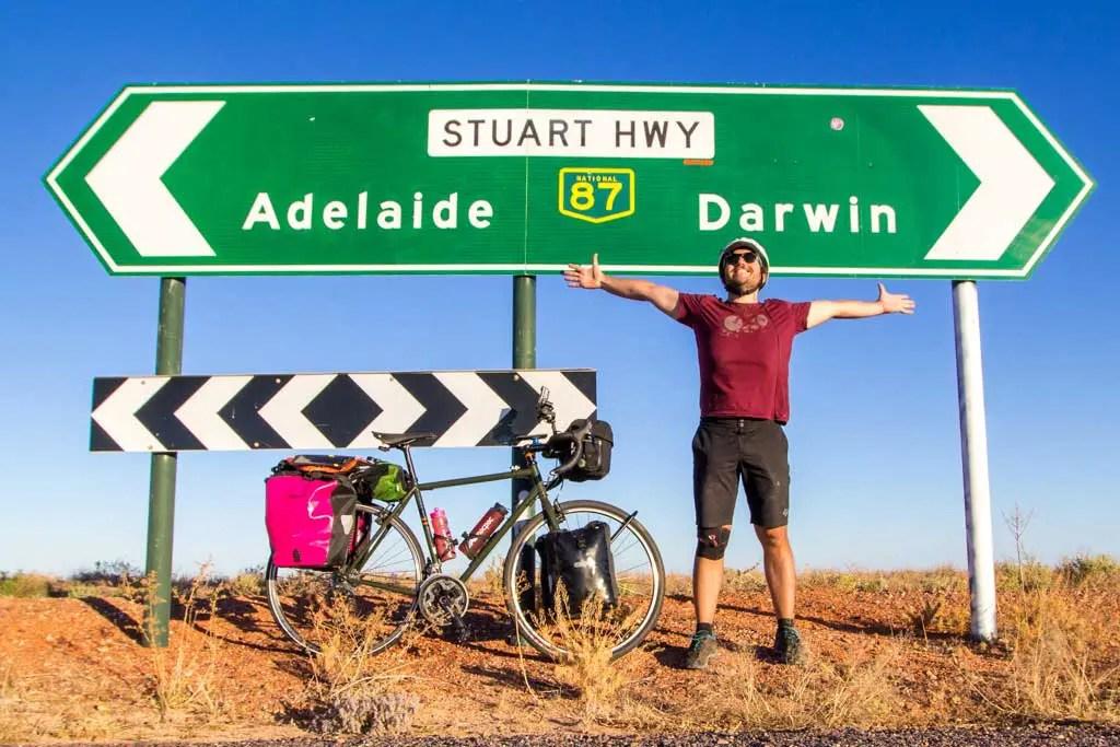 Australia-Stuart-Highway-Mac