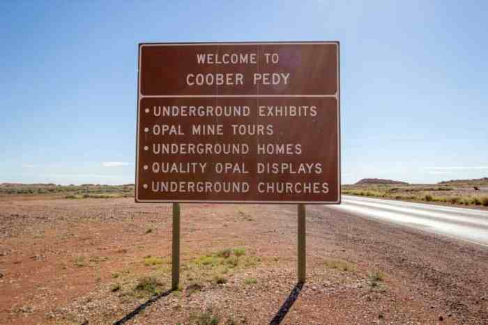 Australia-Coober-Pedy-Attractions-Sign