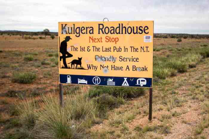 australia-outback-pub-sign