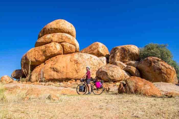 australia-outback-devils-marbles-4