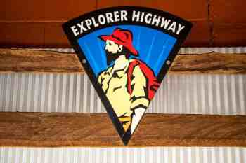 australia-outback-explorer-highway-sign