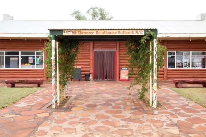 australia-outback-mt-ebeneezer-roadhouse