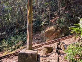 brazil-rio-de-janeiro-corcovado-tracks