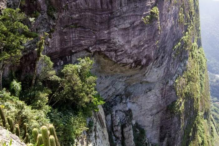 brazil-rio-de-janeiro-pedra-da-gavea-alt-garganta-do-ceu-top