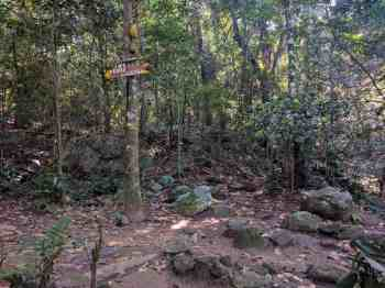 brazil-rio-de-janeiro-pedra-da-gavea-alt-waterfall-sign