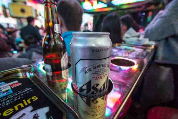 robot-restaurant-beer