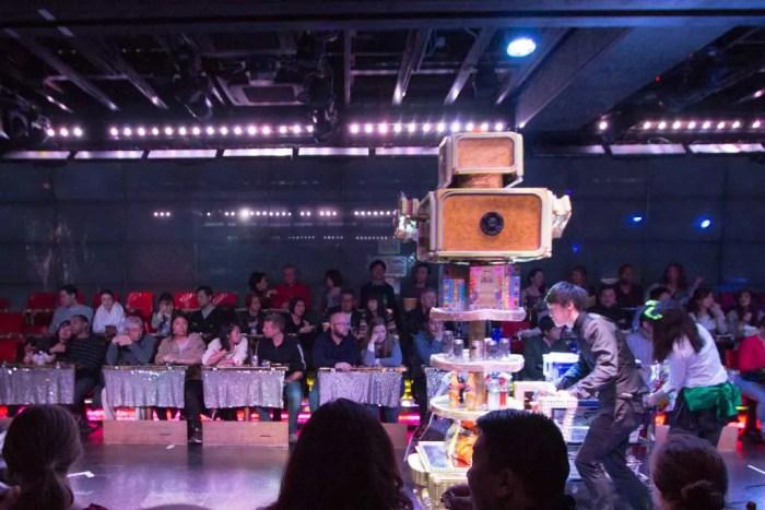 robot-restaurant-intermission