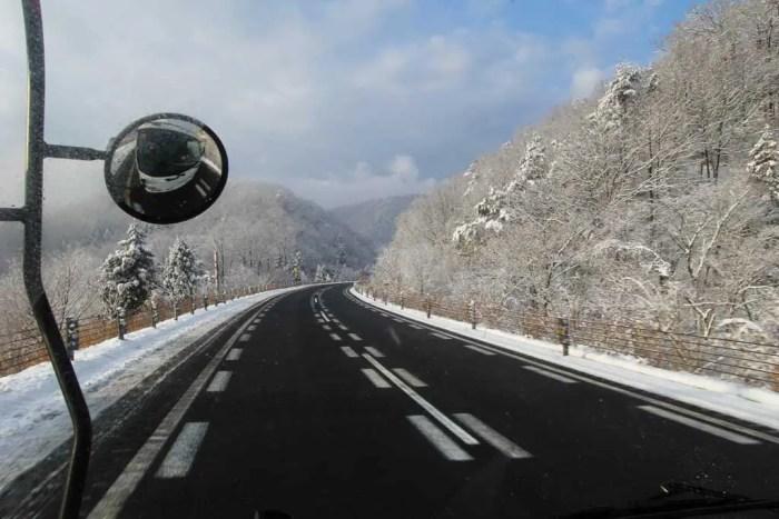 Japan-Fukui-Hitchhiking-Truck