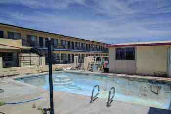 CDT-New-Mexico-Grants-Abandoned-Hotel