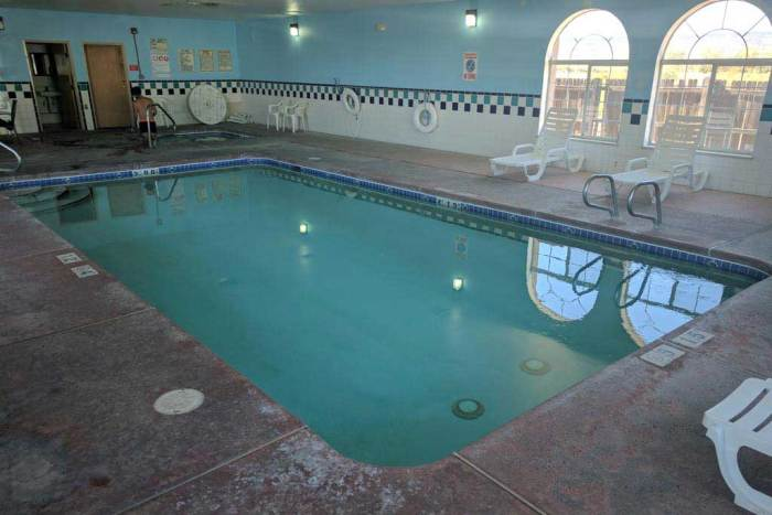 CDT-New-Mexico-Grants-Hotel-Pool