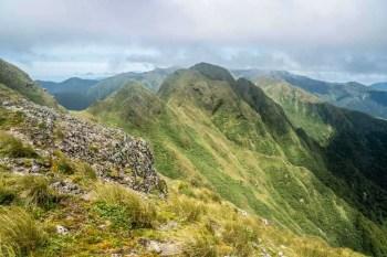 New-Zealand-Tararua-Range-Traverse-Ridgeline