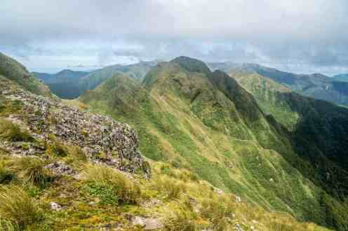 New-Zealand-Tararua-Range-Traverse-Ridgeline