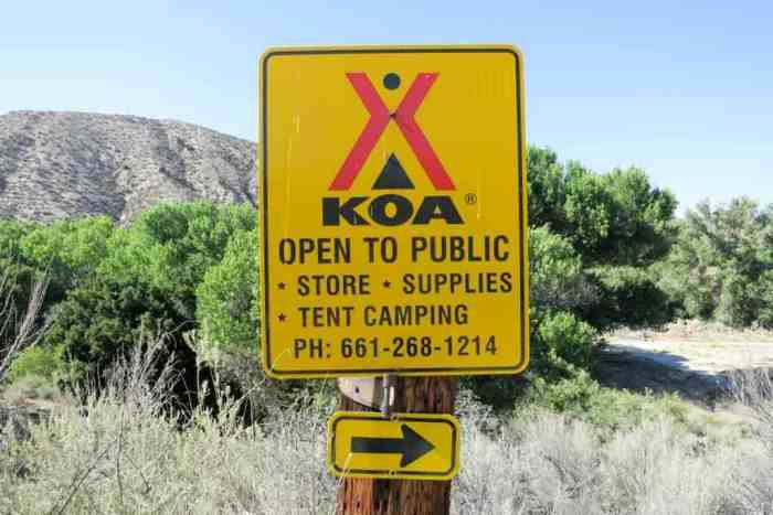 PCT-Desert-Acton-KOA-Sign