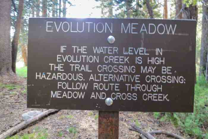 PCT-Sierra-Evolution-Meadow-Sign