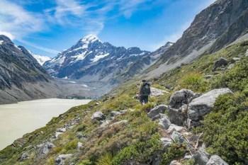 New-Zealand-Ball-Pass-Route-Hooker-Valley-2