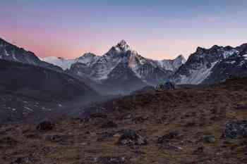 Nepal-Three-Passes-Cho-La-Dzongla-Sunset