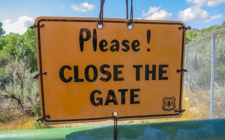 PCT Desert Close The Gate