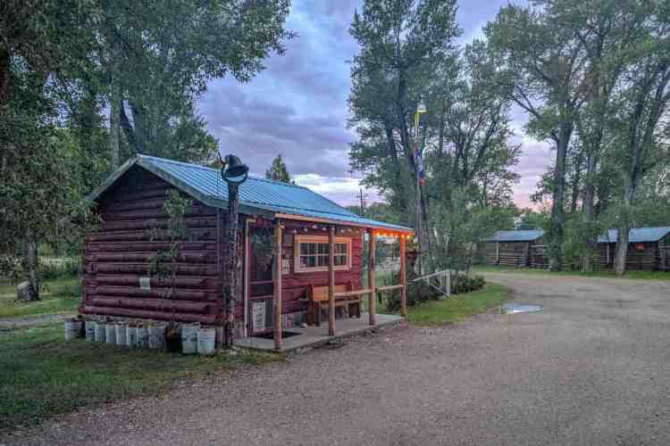 CDT Wyoming Riverside Campground