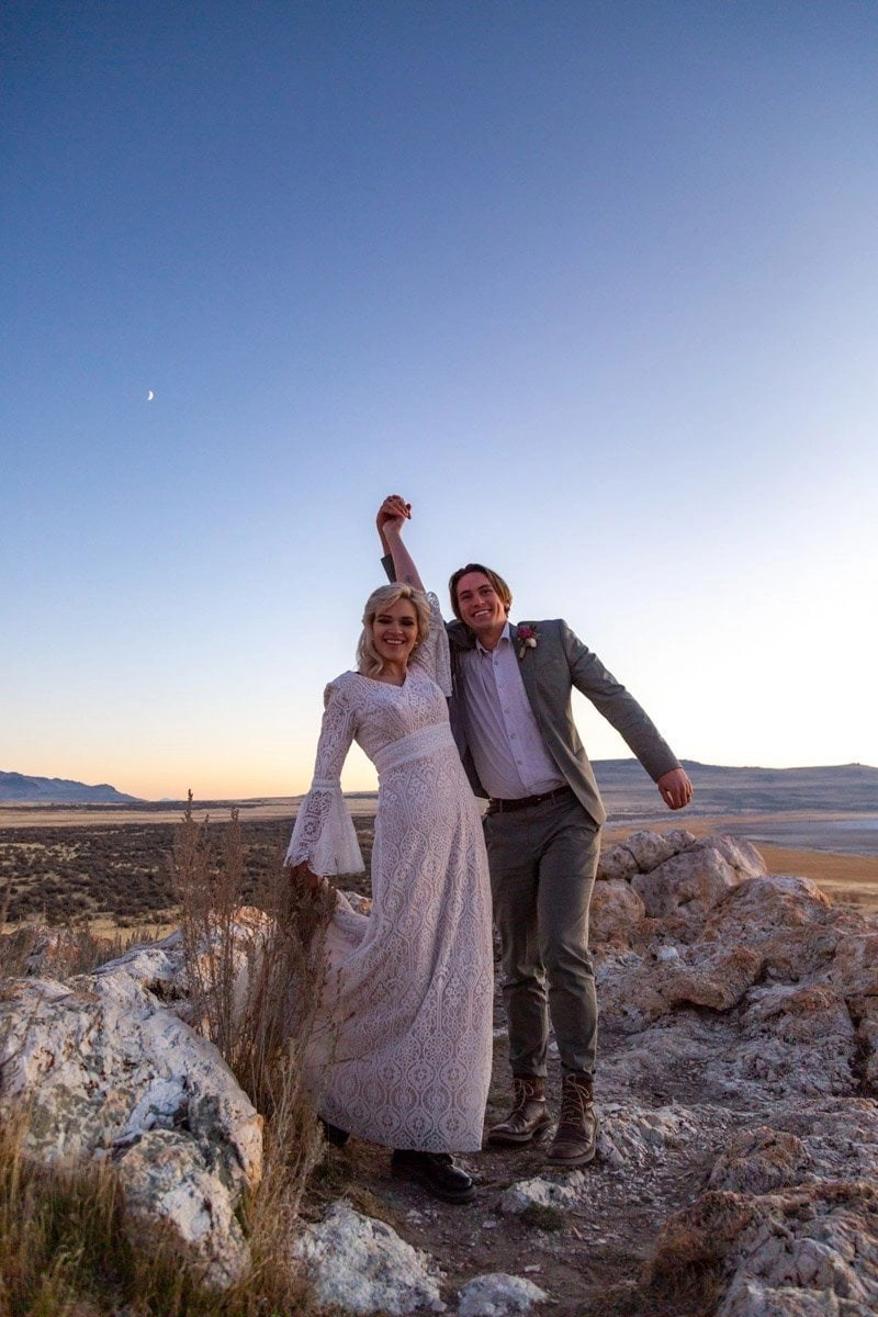elopement on antelope island in utah