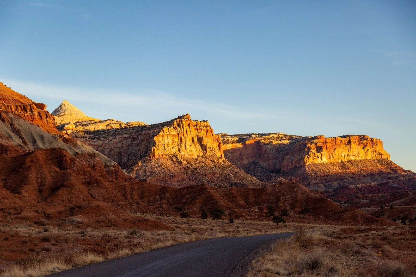 a scenic drive through capitol reef national park in southern utah