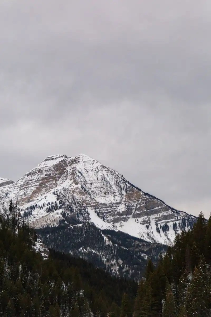 mount timpanogos in the winter