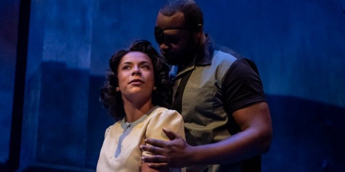 Deborah Castrilli and Ryan Allen in the Neptune Theatre and b current production of Andrea Scott's Controlled Damage. Photo by Stoo Metz.