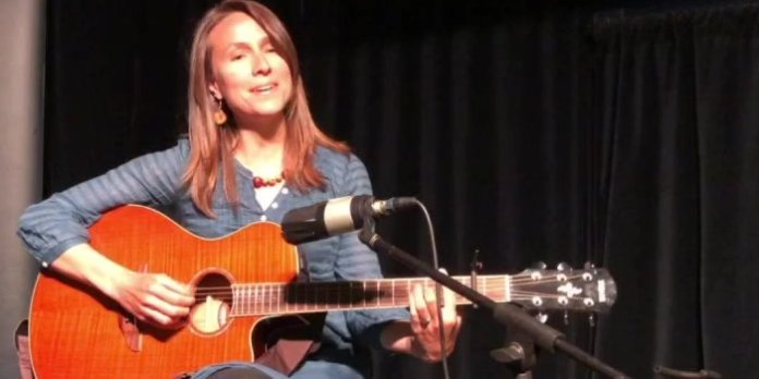 Live at The Carleton with Kristen Martell