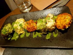 Chicken tikka with different coatings