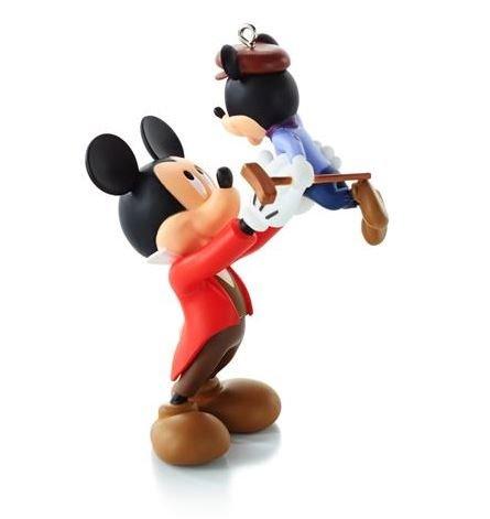2013 Bob Cratchit And Tiny Tim Mickeys Christmas Carol 5