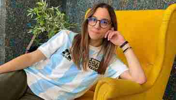 Gianluca Pecchini si dimette dopo lo scandalo ai danni di Aurora Leone dei The Jackal: «Voglio parlarle»