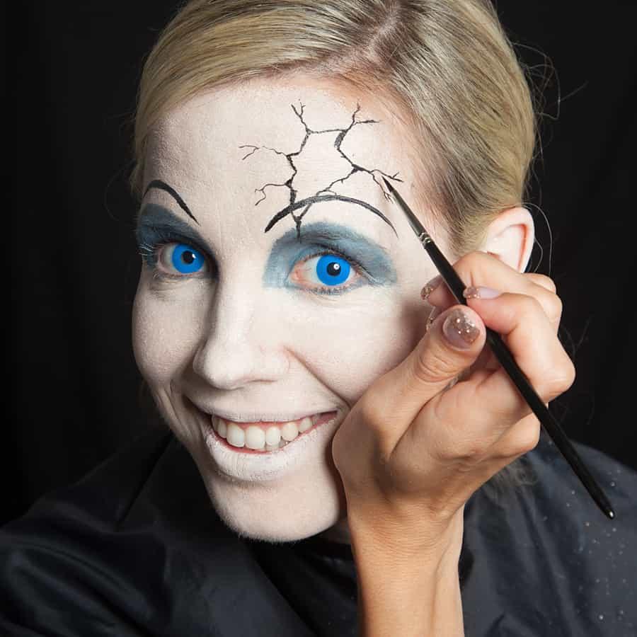 Broken Doll Make Up Halloweende