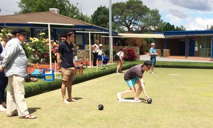 Lawn Bowls with UC Rotaractors