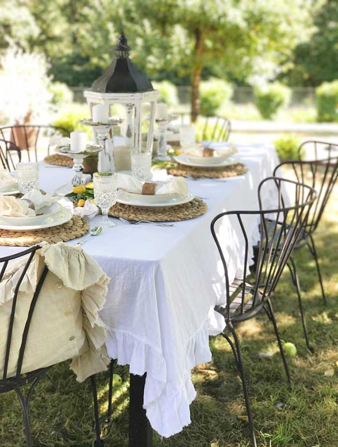 Spring Outdoor Table Ideas - Hallstrom Home on Backyard Table Decor id=13565