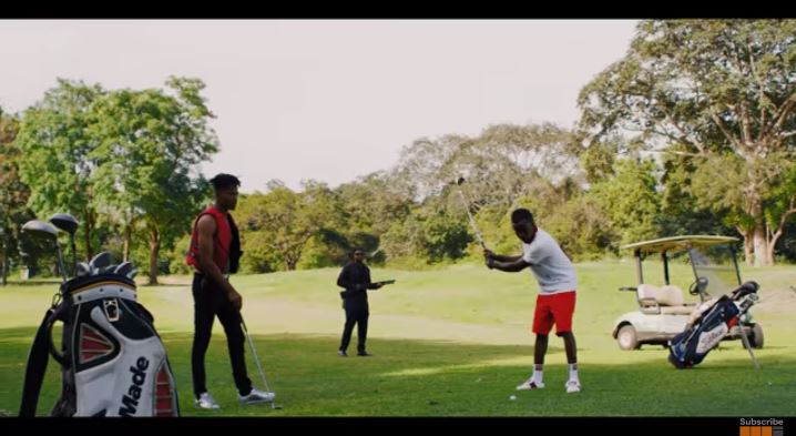 Official Video-Criss Waddle – King Kong Ft. Kwesi Arthur