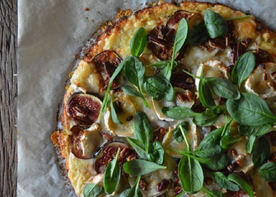 Blomkålspizza – Pizza med blomkålsbotten