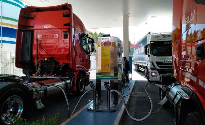 HAM Italia has inaugurated the first liquefied natural gas station in Campania, characterized by having a supplier with a double hose system
