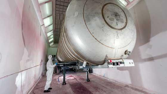 Vakuum dispone de cabinas de pintura, cabinas de granallado metálico, lavadero de nitrógeno y tecnología punta en sistemas de vacío