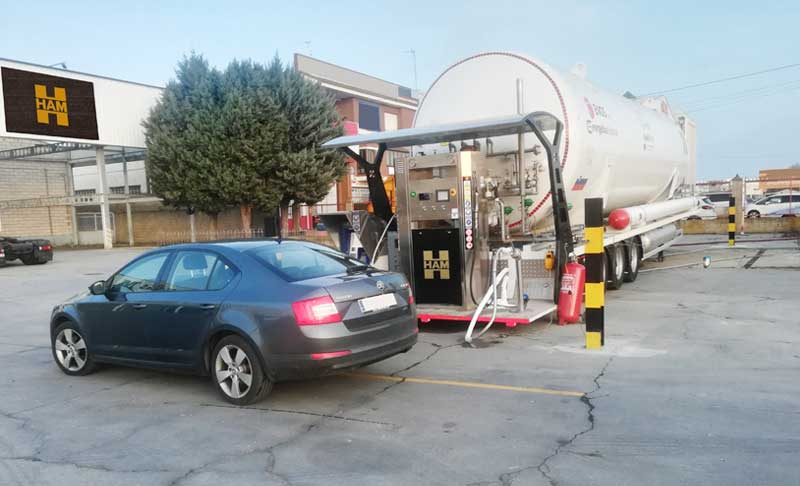 HAM has inaugurated a mobile service station of liquefied natural gas and compressed natural gas in Benavente, Zamora